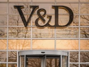 V&D  weer even open